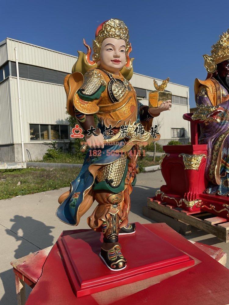 龙五爷侍者铜像左侧照