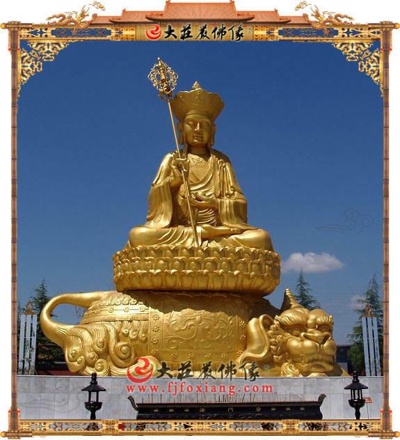 铜雕贴金地藏菩萨
