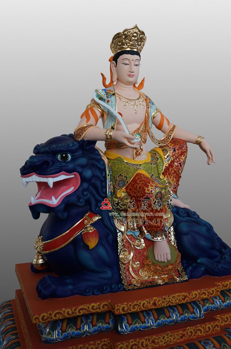 铜像文殊菩萨侧面彩绘佛像